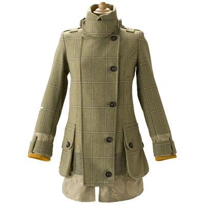 Coat in tweed